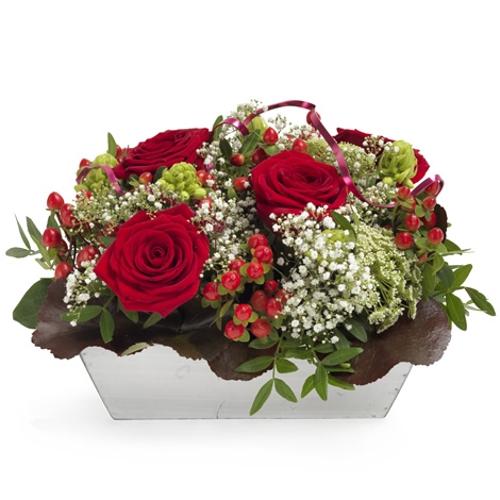 magie der roten rosen magie der roten rosen bestellen und liefern ber regionsflorist. Black Bedroom Furniture Sets. Home Design Ideas